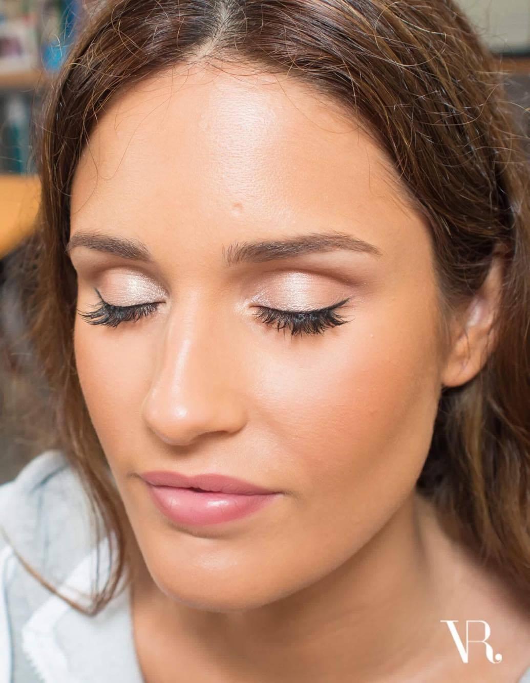 Maquilhagem de Noiva | Pele Luminosa e Natural